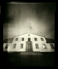 1918 (magnusmagnus) Tags: camera old school light bw white house black film home contrast vintage iceland angle kodak box tmax grunge wide large wideangle funky reykjavik pinhole made 101 format effect leaks stjrnarri crappycamera hitek nerb uncrappyimagetakenwithcrappycamera