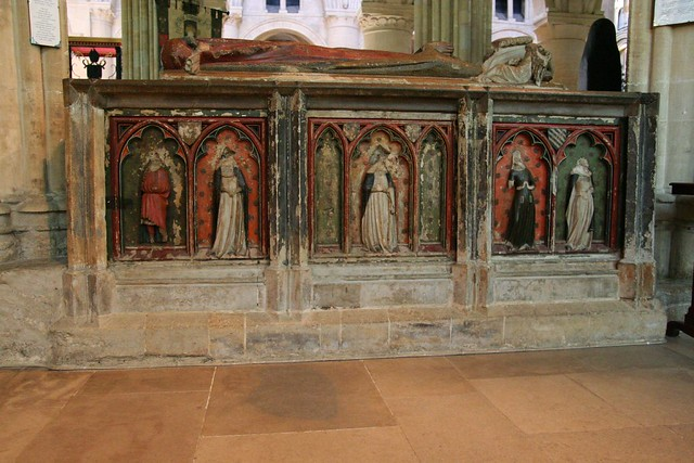 tomb of lady montacute (d.1354)
