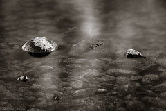 _H1A0186-3 (Bernedti) Tags: nature natureporn canon canon5dsr 5dsr tamron stone longexposure water reflection