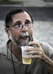 Z Lobato (Jim Skea) Tags: brazil portrait beer brasil riodejaneiro retrato nikond50 cerveja aterrodoflamengo carioca flamengopark jimsk zlobato sigma70300mmf456dgmacro 20070221