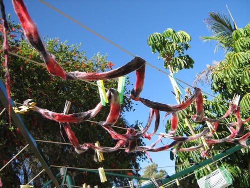 clothesline dry dye