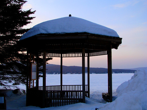 Winter-Gazeebo
