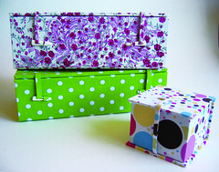 Caixas japonesas (Zoopress studio) Tags: book box handmade artesanal caixa boxes boxmaking caixas japanesebox zoopress handmadebox fabriccoveredbox cartonagem handmadeboxes zoopressstudio caixasartesanais bookboxes stealingisbadkarma