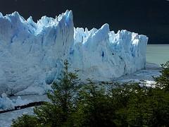 Paredes de hielo... (lynxpardina) Tags: patagonia argentina agua peritomoreno glaciar hielo parquenacionaldelosglaciares diamondclassphotographer flickrdiamond