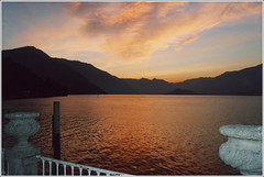 Bellagio sunset (turbomg) Tags: sunset lake bellagio lagodicomo f55