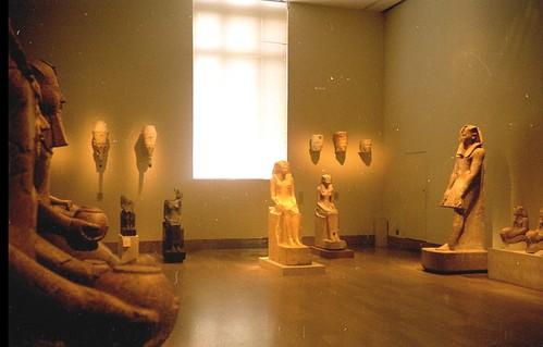 2000 07 Bijna mystieke Hatsjepsut zaal in het Metropolitan Museum of Art por Hans Ollermann.