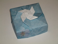 single purple flower box (unicoherent) Tags: paper origami box boxes folding unicoherent