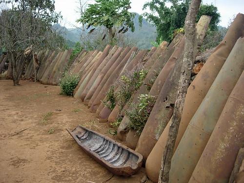 Bomb Shells, Laos