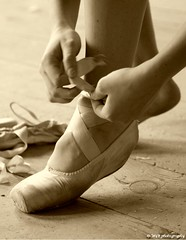 getting ready for work (Mike Wood Photography) Tags: ballet motion sepia wow foot shoe eos 350d hand kate dancer arr allrightsreserved tying mikewood w4b mwblog twtmeiconoftheday w4bphotography mikewood mikewoodphotographycom mikewoodphotography