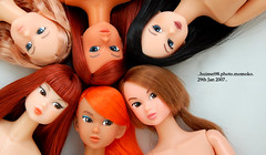 dolly day 12 - momoko sisterhood (*hui-mei-98) Tags: orange nikon singapore track victorian khaki 2006 bonus hazy xiushui xiangyang yuli momoko tianchi d40 03rd 06ss petworks mingjian 03ssor ccs05aw 04sscc hongxiang