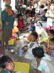 Children at lunch - Kearakali Jana Sevashram