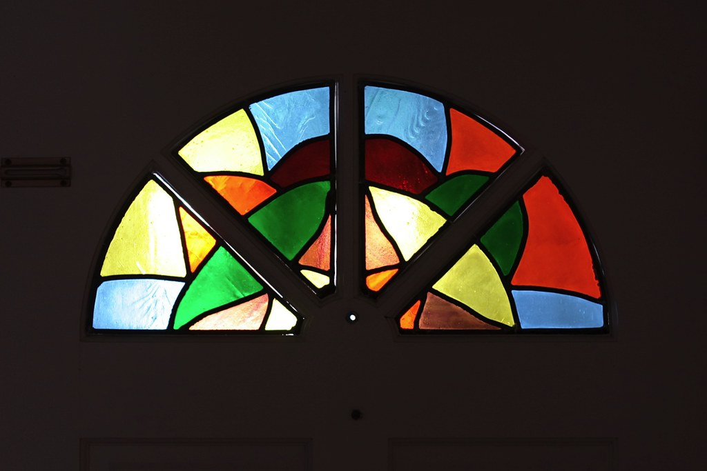 Stained Glass Fanlight (Centerweighted Average Metering)