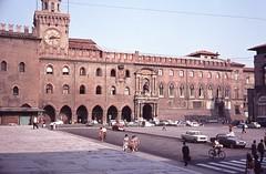 1963 Piazza Maggiore, Bologna (Jan Sluijter) Tags: italy italia bologna 1963 piazzamaggiore