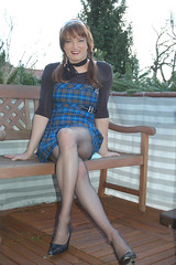 """girlie_look • <a style=""""font-size:0.8em;"""" href=""""http://www.flickr.com/photos/76071066@N00/410067797/"""" target=""""_blank"""">View on Flickr</a>"""