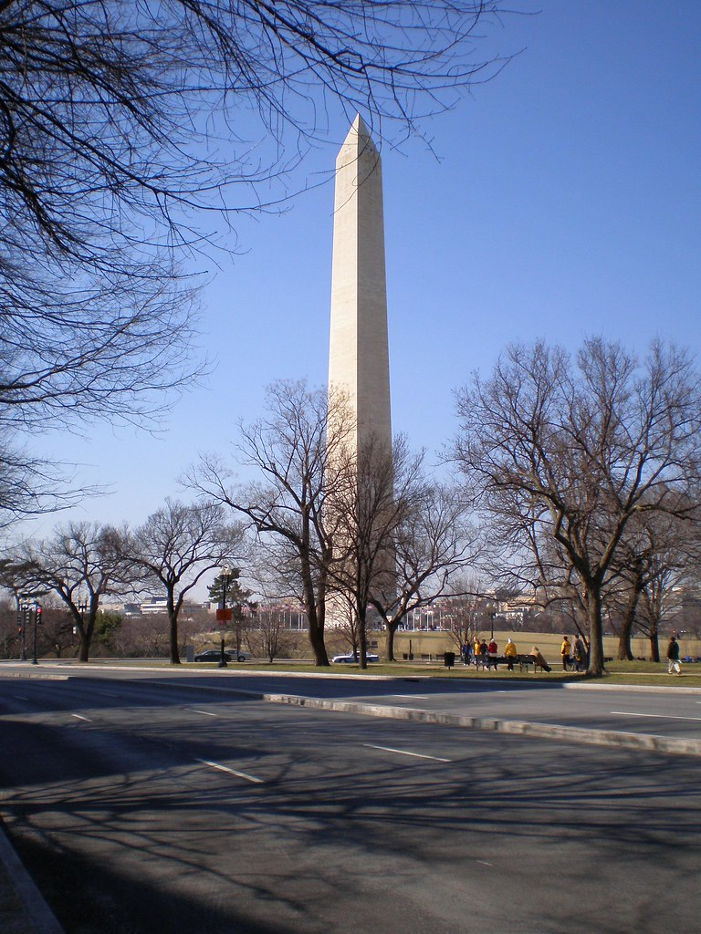 image of the Washington Monument in DC