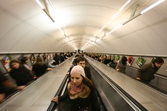 London Tube (hannes.trapp) Tags: city uk england people motion blur london canon underground subway eos hannes metro escalator tube center motionblur ubahn silke rolltreppe trapp sigma1020 stairmoving rolltreppen 400d movingstair hannestrapp