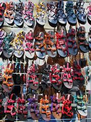 sandalias (burbur & burbur) Tags: colores sandalias rastro