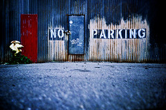 no parking (lomokev) Tags: sanfrancisco california street typography lomo lca xpro lomography crossprocessed xprocess rust noparking low ground lomolca type agfa jessops100asaslidefilm agfaprecisa 20thstreet lomograph crud agfaprecisa100 cruzando precisa ratseyeview jessopsslidefilm sanfrancisco2007 file:name=070307lomolca83 rota:type=showall rota:type=cityscape