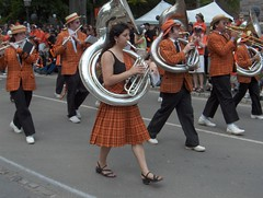 The Band Leads The P-Rade (Joe Shlabotnik) Tags: 2005 kilt band princeton plaid may2005 tuba sousaphone reunions faved prade reunions2005 princetonband