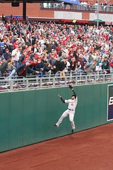 Carlos Lee Climbs The Wall (Cavalier92) Tags: phillies astros citizensbankpark mlb phils cbp phillysports baseball