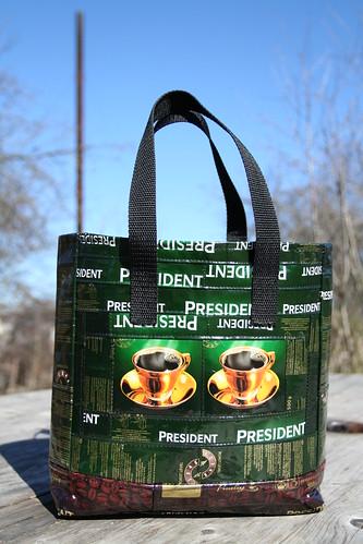 Roheline kott - kahe tassiga pool