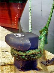 Amarre (Pedrali) Tags: puerto agua barco huelva soe cuerdas blueribbonwinner olympuse500 50club abigfave impressedbeauty superbmasterpiece