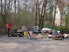 Junk Days 2007 starts off...with a great big pile of junk