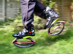 My Kangoo Jumps (elvis_payne) Tags: running boing bouncing moonboots kangoo kangoojumps springstrainers