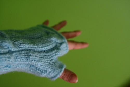 new fingerless gloves