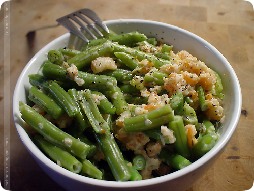 green beans and shrimps