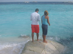 Feeding the 'Rays (Kelv71) Tags: maldives banyantree vabbinfaru