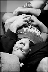 LAUGH ({.kristin.}) Tags: laughing daddy chair mykid 30d tamron2875mm connors3rdyear