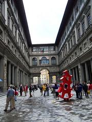 uffizicourtyard9 (ahissrich) Tags: courtyard uffizi