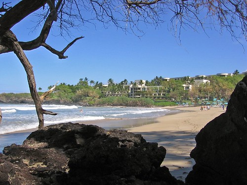 Hapuna Beach Prince Hotel from Beach by kretyen, on Flickr