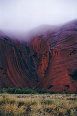 Rain on Uluru por apurdam (Andrew)