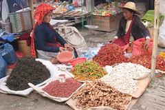 mercato @ lago inle (gepiblu) Tags: lake canon romy lago pepper see market burma spice lac myanmar inle spicy mercato peperoncini spezie inlay canond20 birmania gepiblu