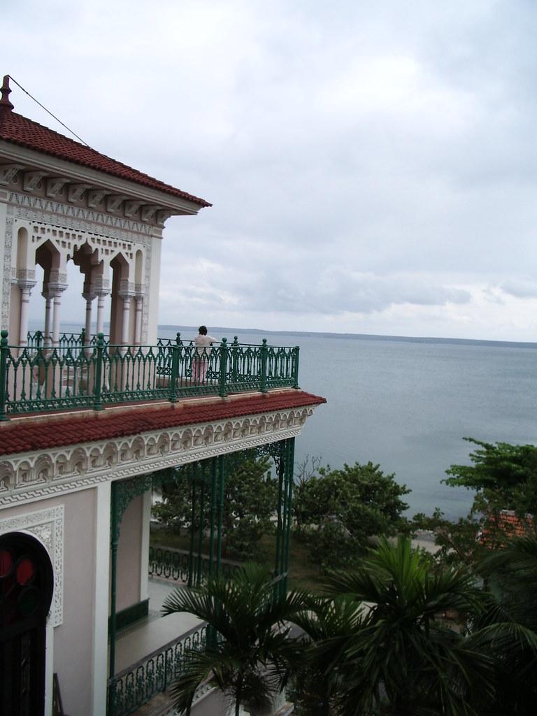 Cienfuegos - Cienfuegos, para R.E. Ames y esposa y para todos. 402592321_9c1128b98c_b