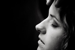 lumi is made up (thomaseagle) Tags: portrait italy girl web backstage myfavourites ritratto bassano filmset ragazza shortfilm nazionale cortometraggio filmbackstage ilponterubato filmcourse ponterubatostamps