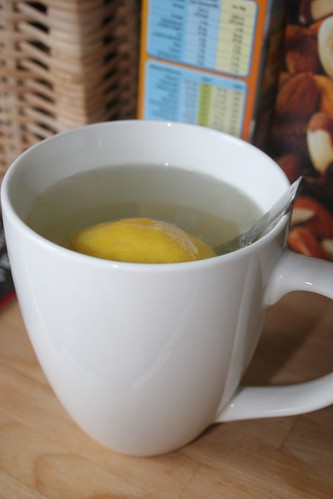 Lemon honey drink