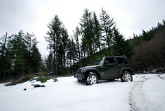 _D200871.jpg (fetopher) Tags: trees snow geotagged jeep offroad northwest screensaver trail blogged jk wrangler rubicon sigma1020mm