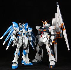 vGundam vs. Hi-v Gundam