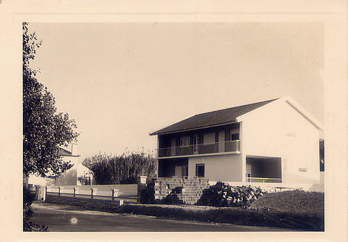 Casa Vila Montemar, Cotovia, Sesimbra, 1962 - Fotografia do Engº Francisco de Almeida Lucas.