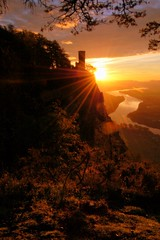 Kinnoull Hill Dawn. (stonefaction) Tags: sky sunrise reflections river landscape scotland scenery hill perthshire tay perth faved kinnoull explored