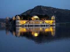 Jal Mahal                               ....31May: Explored 17th (Alok Verma, India) Tags: blue sunset india lake reflection architecture canon spectacular fort royal mahal palace historical amateur jaipur rajasthan canons2is supershot interestingness26 instantfave i500 goldenphotographer frhwofavs cmwd cmwdblue