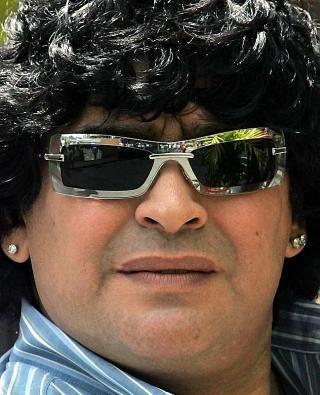 Cual Fue El Mejor Gol el de Messi o el de Maradona