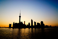 early morning on the bund (sam b-r) Tags: china morning shanghai pudong s71507754 sambrimages