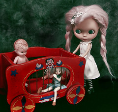 Saving the Sideshow Circus (Ragazza*) Tags: pink doll circus mabel plastic mohair sideshow airbrush handmadedress customblythe blythestudio
