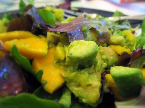 avocado & mango salad