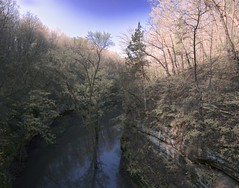 Matthiessen Bridge View