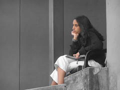 Desaturada (El Tecnorrante) Tags: thinker experiment desaturation thinking experimento pensamiento grises pensando grays profundo desaturacion pensadora balncoynegro